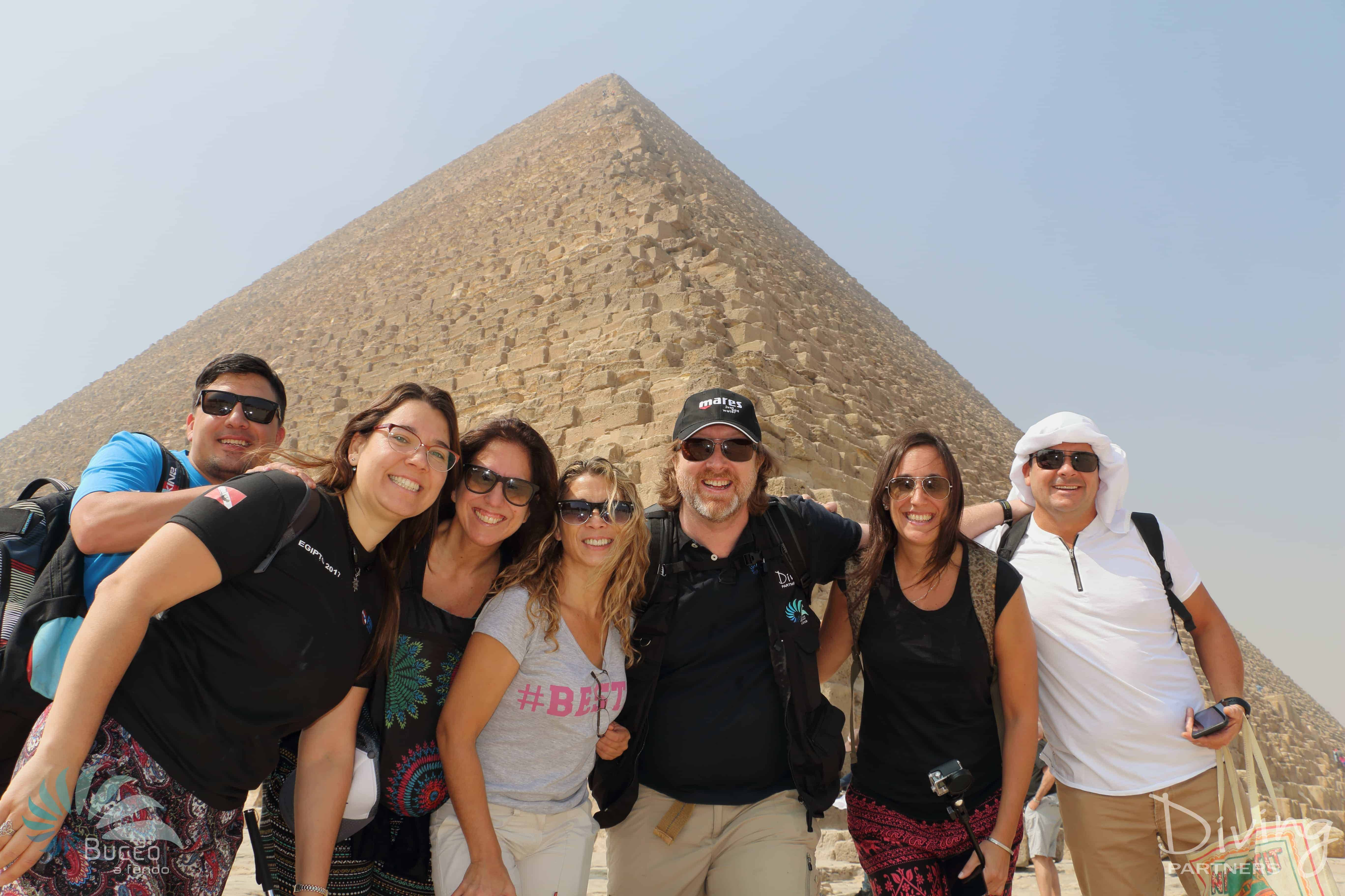 Diving Partners piramides grupo copia